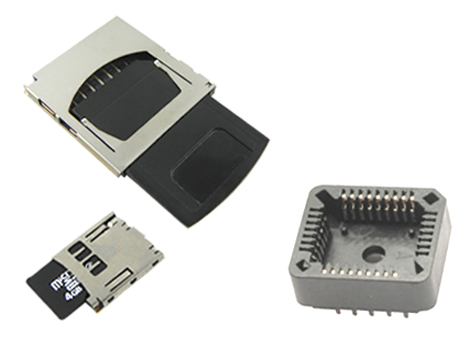 Removable memory connectors